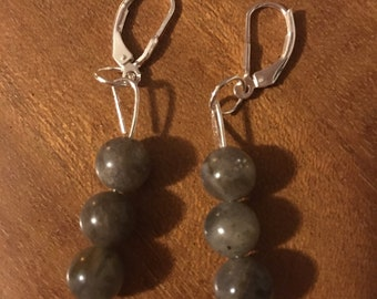 Labradorite round bead earrings (handmade)