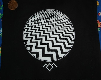TWIN PEAKS black lodge PATCH oooh cryptic and spooky but also cool