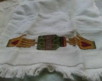 Finger tip towel
