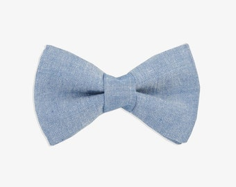 Blue Dog Bow Tie // denim dog bow tie // dog bow tie // blue bow tie // wedding dog bow tie // wedding bow tie // dog lover gift // bow tie
