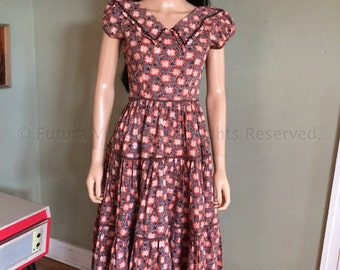 1950s Western Cowgirl Cotton Floral Honky Tonk Dress Ric Rac Trim and Tiered Skirt-S