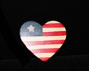 Vintage Patriotic Pin, USA, Flag, Independence Day, Memorial Day, Election, Wood, Heart Shape   313143