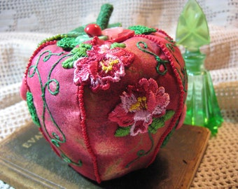 Red Apple Pincushion/ Embroidered Apple Pin Cushion/ Seed Beading/ Vintage Flower Appliques/ Fruit Pin cushion/ Handmade Novelty Pincushion