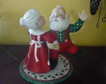 Dancing Mr and Mrs Santa Ready to Paint