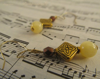 2655 - Earrings Jade and Metal