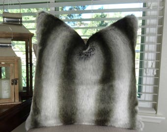 Exotic Gray Chinchilla Faux Fur Throw Pillow Cover - Gray Silver Chinchilla Fur Pillow - Gray Chinchilla Throw Pillow - Gray Silver - 17430