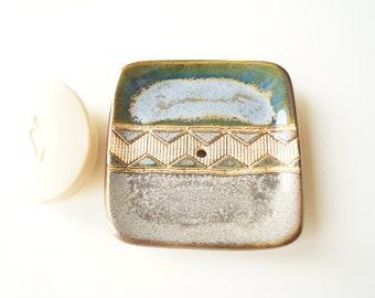 Ceramic Soap Dish, Soap Holder, Pottery Soap Dish, Modern Soap Dish, Soap Tray, Draining Soap Dish, Handmade Soap Dish, Bathroom Accessory