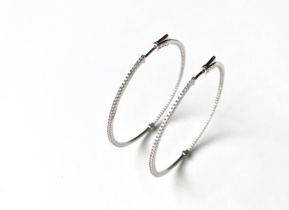 Earrings of hoop in sterling silver and pavé of circonitas. N1