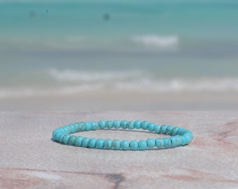 Dyed Turquoise Howlite Glossy 4mm Bracelet