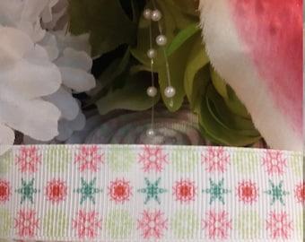 3 yards, 7/8' grosgrain ribbon snowflake design