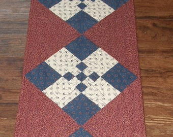 Americana Patriotic Quilted Table Runner, Table Runner Quilt Patriotic Americana, Red White Blue Table Runner, Quiltsy Handmade, Patriotic