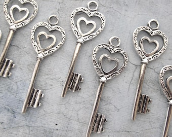 Double Heart Antique Silver Skeleton Key - Set of 10