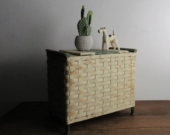 Vintage Wicker storage box – Rattan Box - mid century – Shabby chic - chippy paint