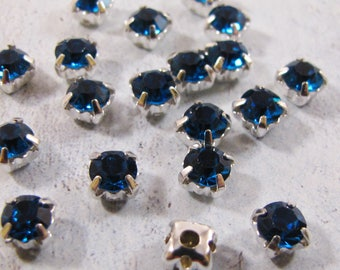 Chaton Montees - Blue Zircon (4mm or 5mm)