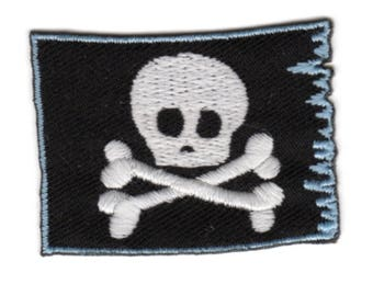 Skull Banner flag-patch appliqué IronOn patch Application #9233