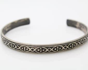 Vintage 800 Silver Cuff Bangle Bracelet Tribal Design Egyptian Hallmarks. [103]