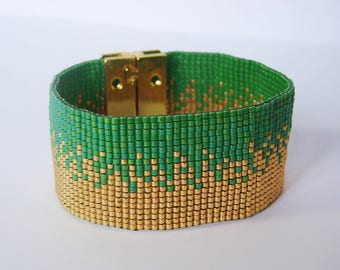 Wide Bracelet sand gold and green - glass Miyuki beads
