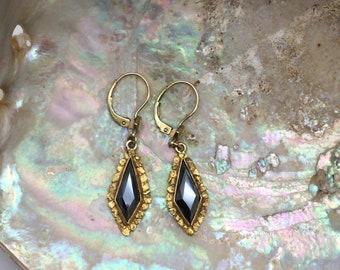 Vintage Hematite Gold Nugget Earrings ~ Yukon Gold ~ Gold Drop Earrings ~ Black Alaskan Diamond