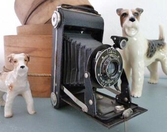 Vintage folding camera, Kodak Six-20 Junior, original leather case, photographic prop, instagram youtube prop
