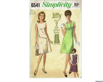1960s Dress Simple to sew Jiffy dress pattern Size 12 bust 32 Simplicity 6541 from 1966