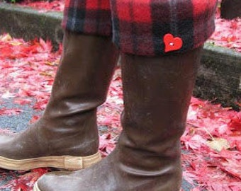 SLUGS Fleece Rain Boot Liners Black with a Red, Black Love Plaid, Boot Socks, Boot Topper, Boot Cuff, Fleece Inserts (Med/Lg 9-11)