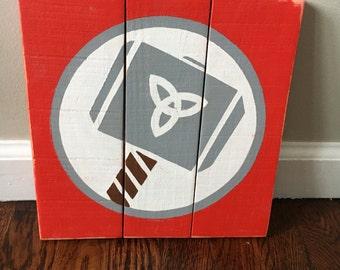 Thor Wood Pallet Sign