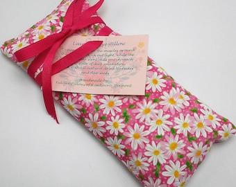Daisy Print Lavender Eye Pillow, Teacher Gift, Yoga Eye Bag, Best Friend Gift, Aromatherapy Eye, Lavender Eye Mask, Sleep Mask, Yoga Gift