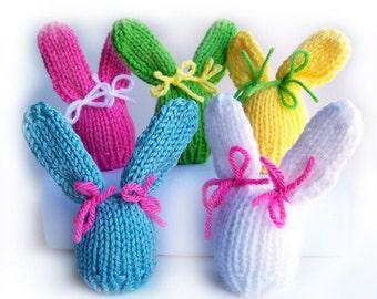 Easter Bunny Egg Cozy Knitting Pattern, Easter Decorations, Easter Bunny, Easter Egg Cozy, Easter Decor, Easter Eggs Hat, Easter Egg Warmer
