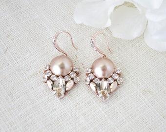 Rose gold wedding earring, Swarovski rhinestone and pearl earring, Rose gold dangle earring, Art Deco bridal earring, Mother of Bride