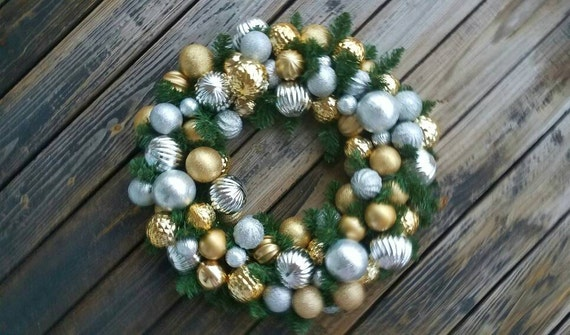 Christmas Wreath, Holiday Wreath, Ornament Wreath, Custom 20 Inch Pine Wreath With Gold and Silver Ornaments