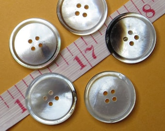 1.7 cm natural mother-of-Pearl buttons (5) - #5204_17