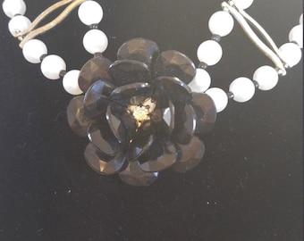 Flower choker necklace