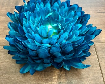 Chrysanthemum Tea Light - Dark Blue