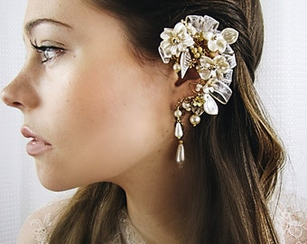 Cream Pearl and Gold Flower Bridal Ear Cuff with coordinated earring