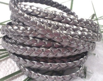 Flat silver leather braid 0,4 inches by 7,9 inches