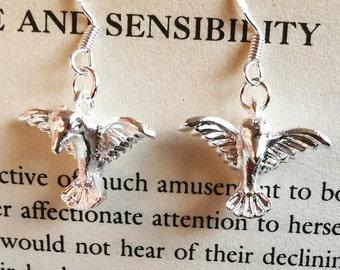 Bird earrings, bird dangle earrings, bird charm earrings, bird earings, bird charm earrings, humming bird earrings, humming bird earings