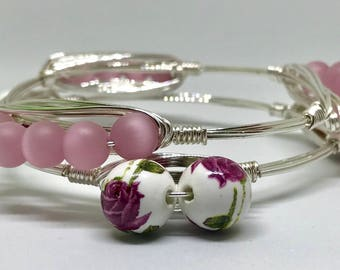 Pink and Floral Wire Wrap Bangle Bracelet Set