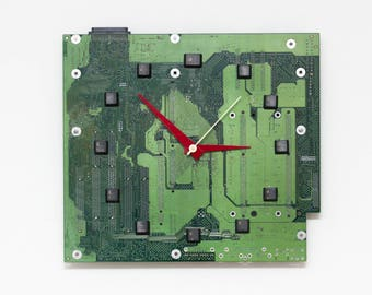 Geeky Wall clock - recycled Computer - green circuit board - ready to ship c8965