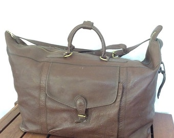 MULHOLLAND BROTHERS All leather Vintage Authentic Duffle Bag Brown Leather Travel Bag Handmade in America