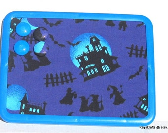 Haunted House Halloween Magnet Board, Magnet Magnetic Bulletin Board, 8x11 Magnetic Message Board, Halloween Decor, Kitchen Decor