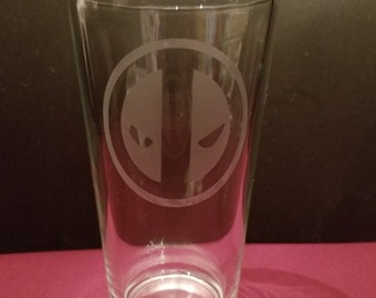 Deadpool Etched Pint Glass