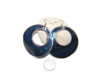 Vintage Large blue shell circle dangle earrings, Runway earrings, Navy blue dangle earrings, vintage circle earrings