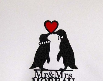 Personalized Wedding Cake Topper -  Penguins in Love wedding cake topper with Mr & Mrs last name + Red Heart