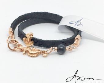 Wrap leather bracelet in dark blue