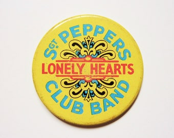 Vintage 70's Badge Pinback Button The Beatles Sgt Peppers Lonely Hearts Club Band