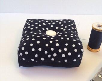 Square, box shaped black and white polka dot pincushion, pin holder