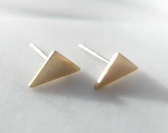 Triangle Stud Earrings, Raw Brass Geometric Earrings, Tiny Gold Tone Studs, Everyday Minimalist Earrings, Everyday Gold Studs