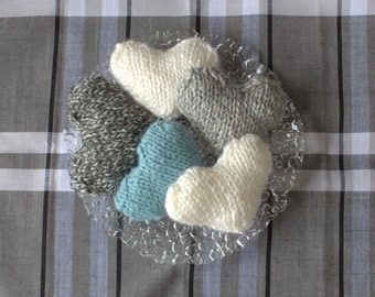 Hand knit hearts decoration, hand knit hearts ornaments, knitted heart, bowl fillers,knitted hearts