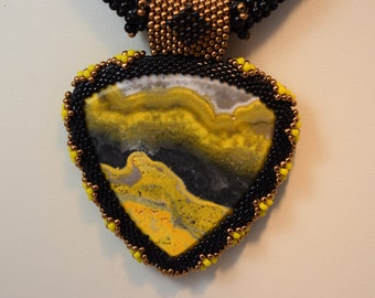 Bumblebee Jasper beaded cabochon and seed bead necklace E1075)