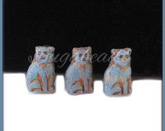 10 x Light Blue Czech Glass Cat Beads, Blue Cat Beads, Bronze Wash Cat Beads, CNZ82